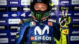 alex-farinelli-sony-alpha-9-motorcyclist-gives-victory-salute-to-camera-while-looking-surprised