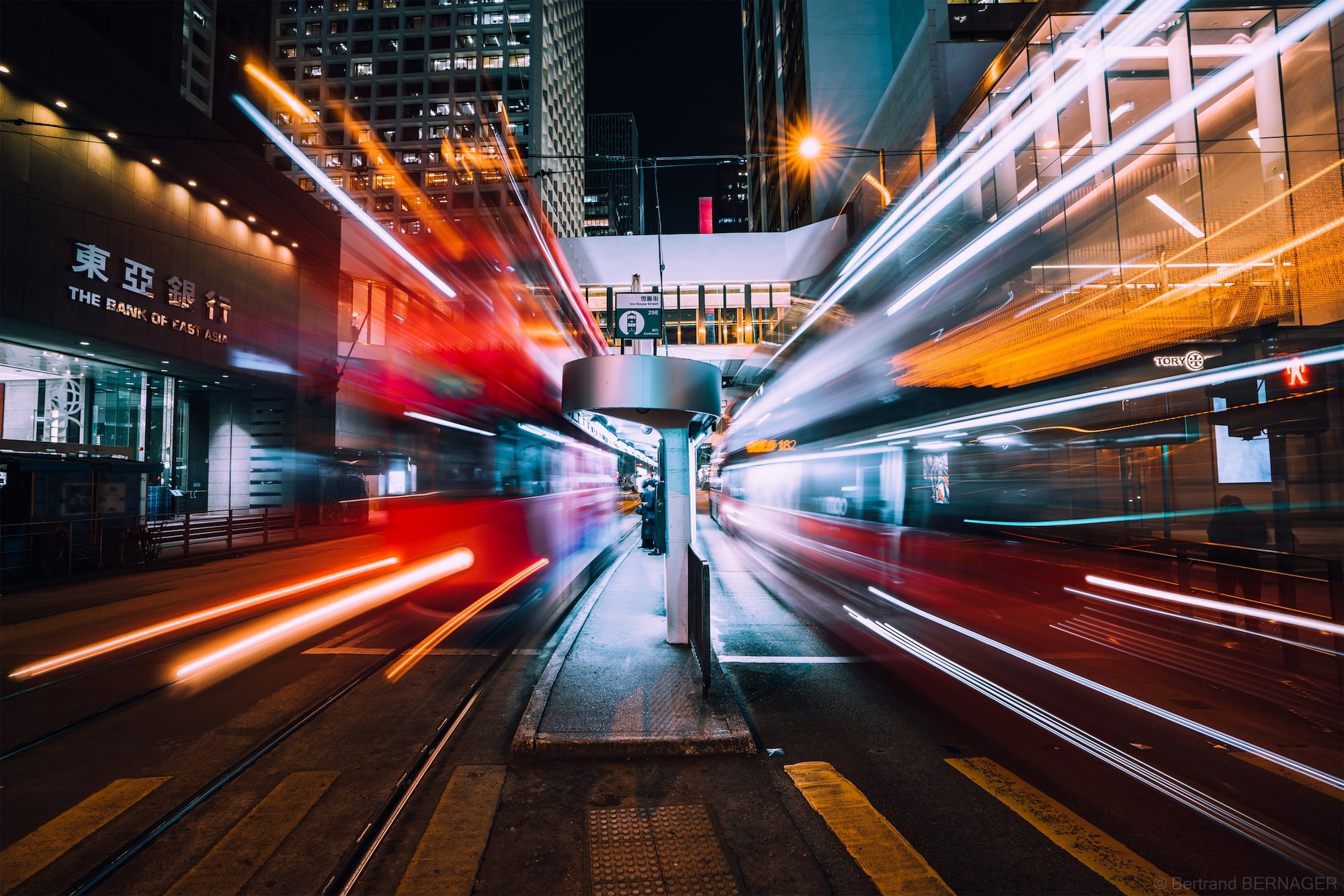 bertrand bernager sony alpha 7RM3 long exposure tokyo street scene with 2 buses passing each other