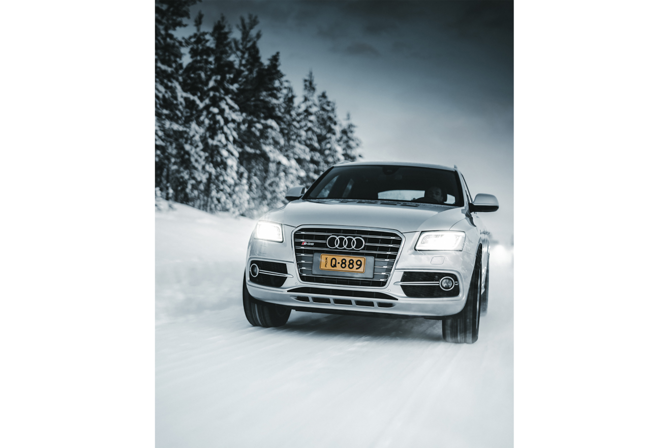 jack harding sony alpha 7r4 silver car riding on a snowy road